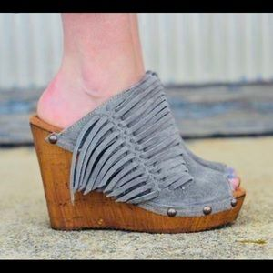 Sbicca Vintage Collection Wedge size 39 (8-8.5)